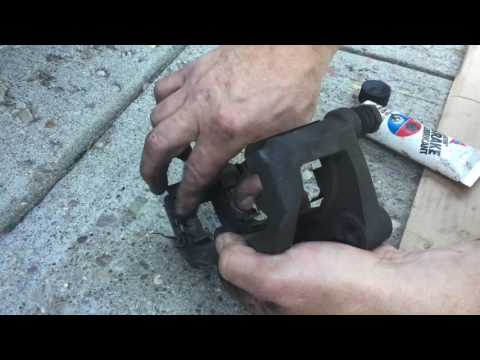 Changing the Brake Pads and Rotors on a Nissan Altima