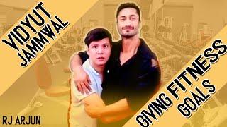 Vidyut Jammwal Giving Fitness Goals | Junglee | Mirchi Arjun | Filmy Mirchi
