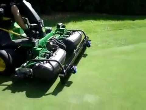 extracut-brush™ John Deere 2500 greens mower demo (BLGC)