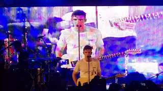 Easy Love - LAUV Live in Manila