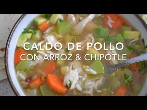 CALDO DE POLLO CON ARROZ & CHIPOTLE (delicioso) - Recetas fáciles Pizca de Sabor