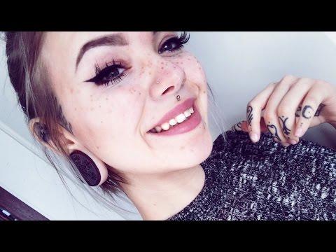 BEAUTY HACK - Long-lasting waterproof freckles (no tattoo)