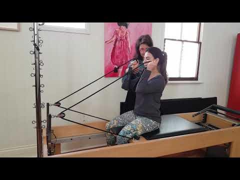 Pilates bicep curl
