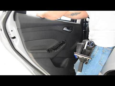 Ford Focus 2011 door panel removal