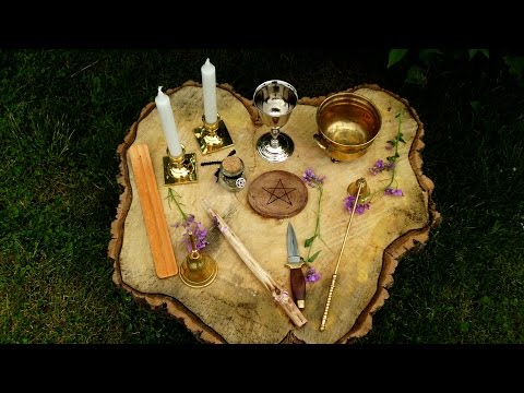 How to set up a Wiccan altar