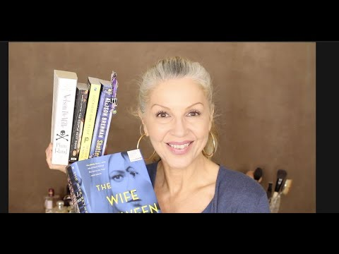 Summer/Beach MUST Reads.......Book Reviews!!