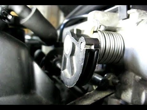 Removing Throttle Cable from Throttle Body