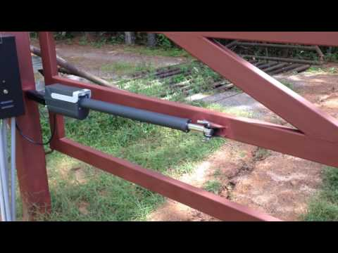 Solar-Powered Nice/Apollo Titan gate openers with Telephone System