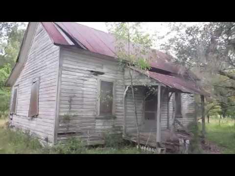 abandoned Florida Cracker house of Agnes Bradley, everything left!