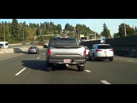 Bad Seattle Driving 2: Unsafely merging in Seattle