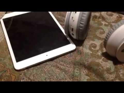 iPhone was stuck in headphone mode