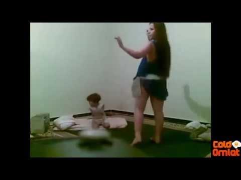 Xxx Mp4 ليبية ترقص امام طفلها عارية بدون ملابس داخلية للكبار فقط 18مقالاتي سبعة 3gp Sex