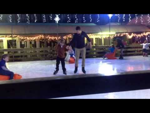 CHRISTMAS ON ICE OXFORD 2012