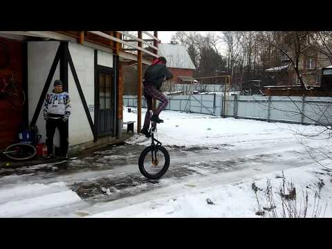 Freemount on Fat Giraffe Unicycle