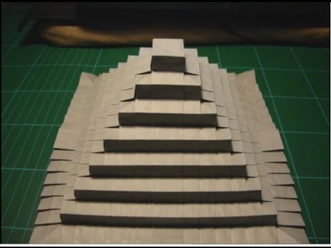 Origami How to make a Pyramid