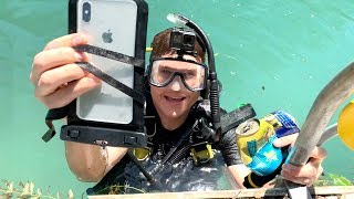 I Found an iPhone XS MAX Underwater in DEEP River Weeds - Still Turns On!