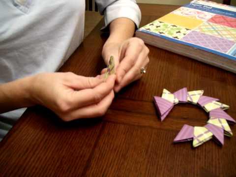 Origami Christmas Wreath