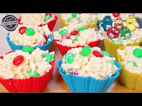White Chocolate M&M Christmas Crackles - No Bake dessert