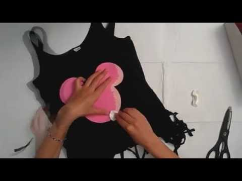 DIY Mickey Mouse T-shirt tutorial
