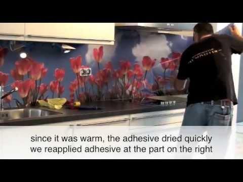 Applying PimpYourKitchen splashback in a kitchen