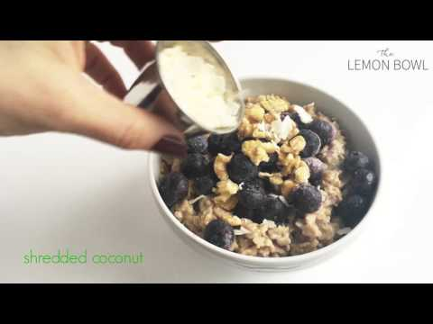 Blueberry Muffin Oatmeal Recipe by The Lemon Bowl