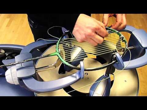 Stringing of your badminton racket - FZ FORZA - English
