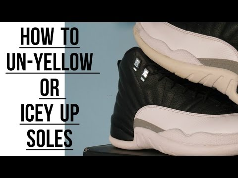 FOUND THE SOLUTION TO UN-YELLOW YOUR SOLES (ft. Playoff 12s)