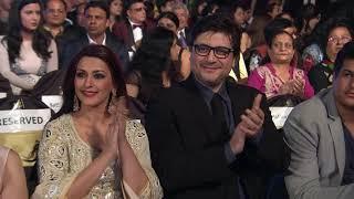 Best Lyrics | Varun Grover for Moh Moh Ke Dhaage | Zee Cine Awards 2016