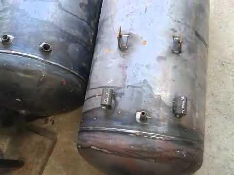Welding air tank by welding machine co2