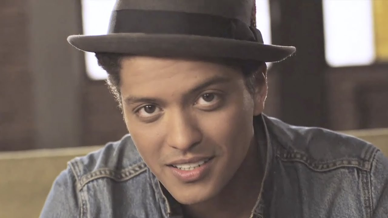 Bruno Mars - Just The Way You Are (Official Music Video)