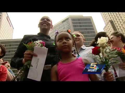 Greater Cincinnati same-sex couples celebrate SCOTUS ruling