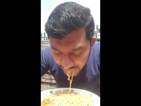Tutorial on how to eat noodles