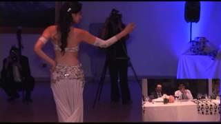 Regalo sorpresa para mi novio en nuestro matrimonio . danza árabe