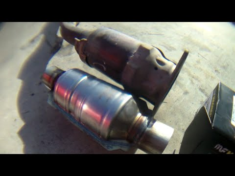 DETAILED Catalytic converter Replacement Toyota Corolla √