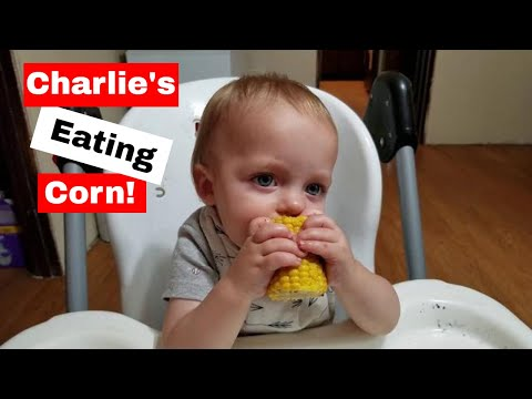 Eating Corn: Charlie's growing up