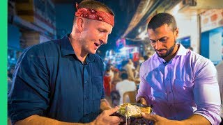 Halal Street Food Tour on Mumbai, India's Muhammad Ali Road!
