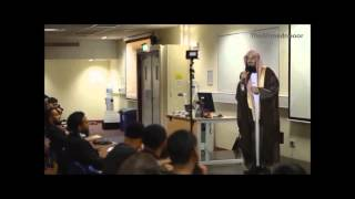 Compilation of funny episodes from lectures by Mufti Menk SMILE its sunnah!