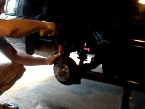How to replace rear wheel hub bearing assembly - Nissan Sentra