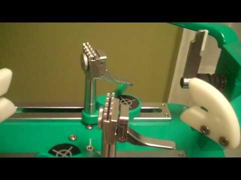SAM Pro-Master Stringing Machine