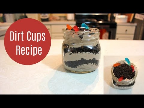 Dirt Cups Recipe With Oreo Cookies, Pudding and Gummy Worms