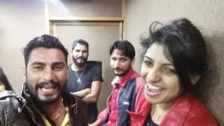 Annu kadyan anney bee की शरारती हरकतें with Binder Danoda Nippu nepewala neenu .new combination