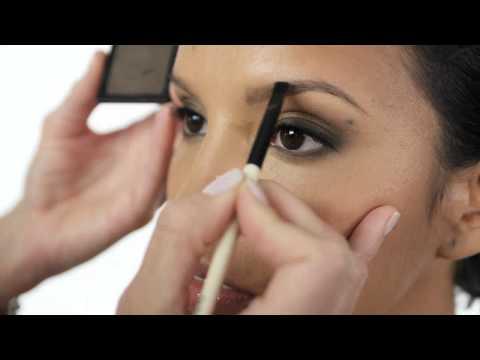 Bobbi Brown How-To: Eye Brows