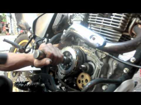 Motorcycle repair - Repairing a clutch