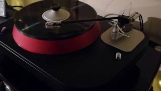 Spiral Groove Revolution Turntable