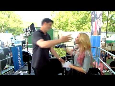[HD] Demi Lovato - GMA Summer Concert Series [Backstage]