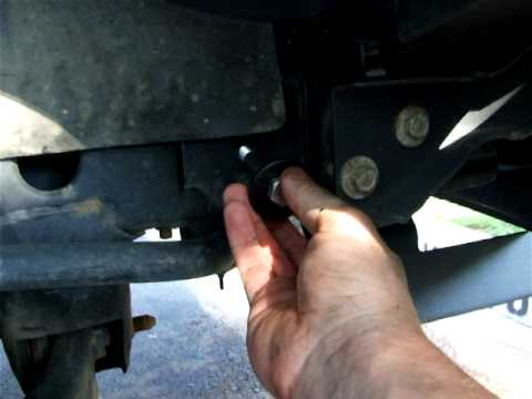 Installing Truck Gear Direct Hunter brush guard on 2007 Chevy Colorado, 10.8.2011 - part 1