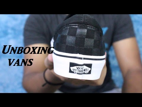 Vans Black & Grey Checkboard print Sneaker (Unboxing)