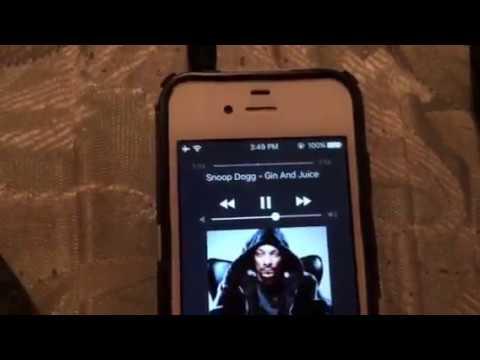 iPhone 4S headphone jack problem.