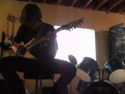How to make your guitar scream