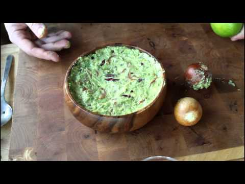 How to keep guacamole bright green